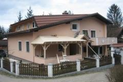 Nadstrešek (Prebold, Slovenija)
